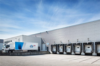 CB Fashion partners with Equinox MHE to expand its logistics process