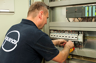 Internationaal on-site monteur elektrisch